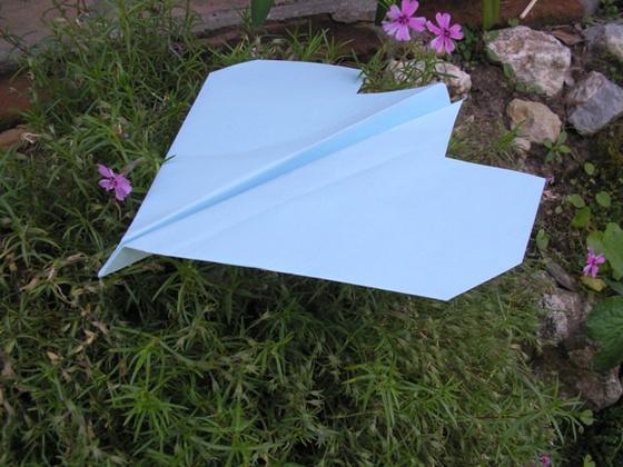 Kreatív Szakkör: Papírrepülő hajtogatás 120