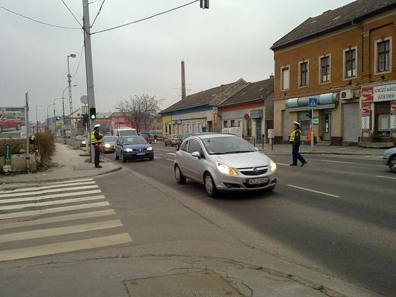 ujpest.blog.hu: Rendőrök segítik a forgalmat a BKV-sztrájk második napján