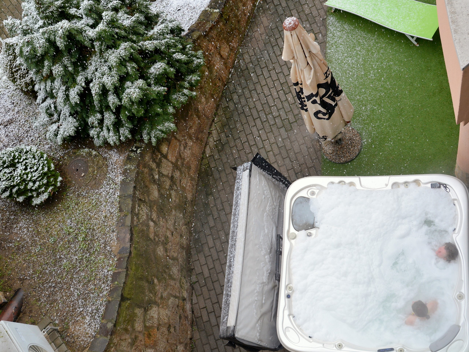Hófürdő