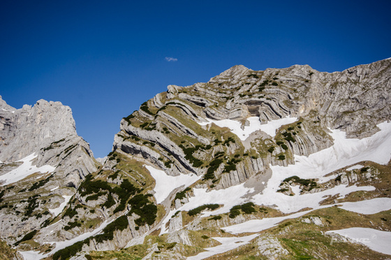 pdave: Gyűrt hegyek
