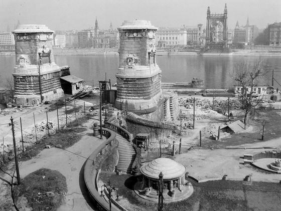 Erzsébet híd a világháború után