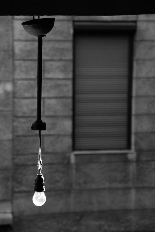Molnár Zsolt Csupasz lámpa