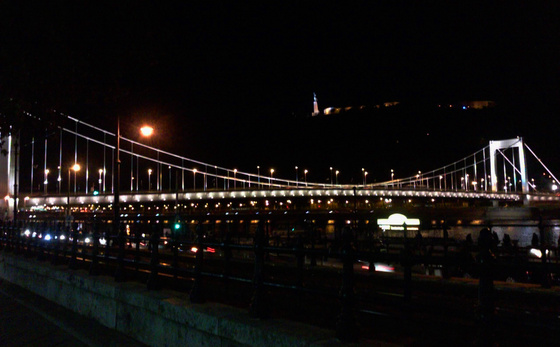 Elisabeth Bridge by night (from urbanista.blog.hu)