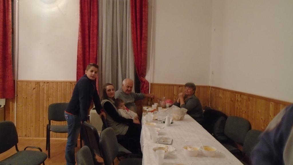 G?ncruszka Kar?csonya-k?z?s vacsora 2017/DSC06771