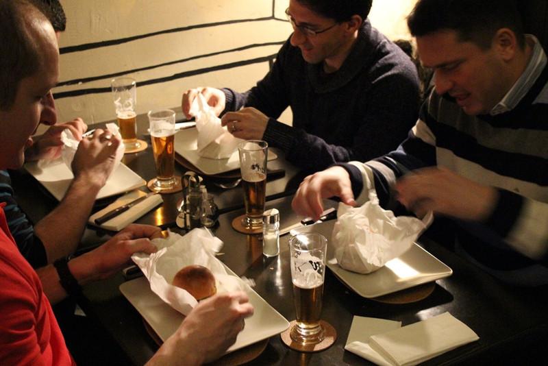 burger beer24