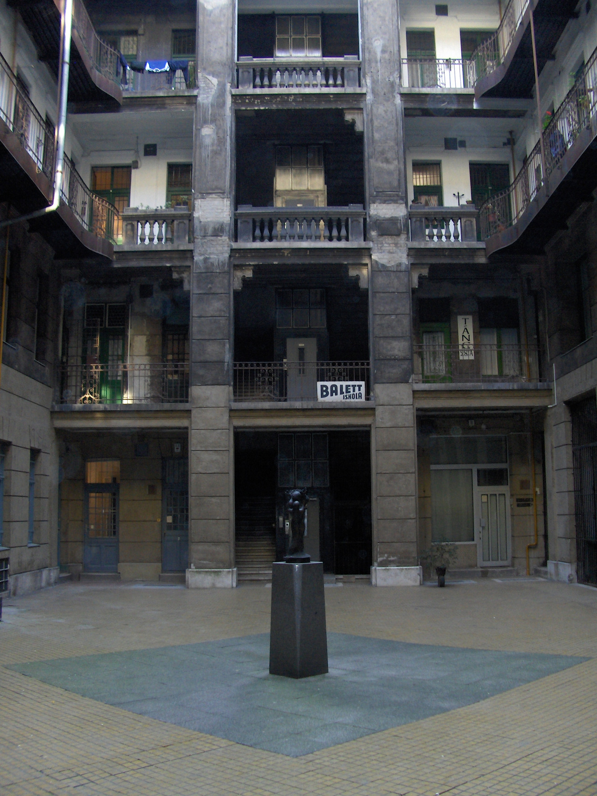 Semmelweis utca 4 079