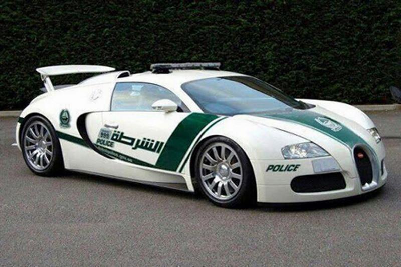 bugatti-veyron-police-car--image-dubai-police 100427824 l
