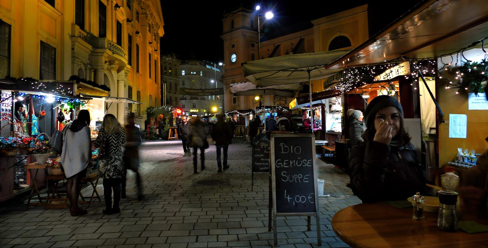 Bécs - Adventmarkt Freyung Biobauern