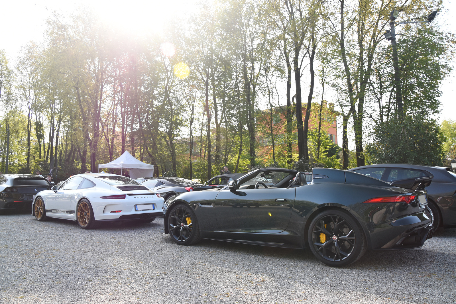 Porsche 911 R - Jaguar F-TYPE Project 7
