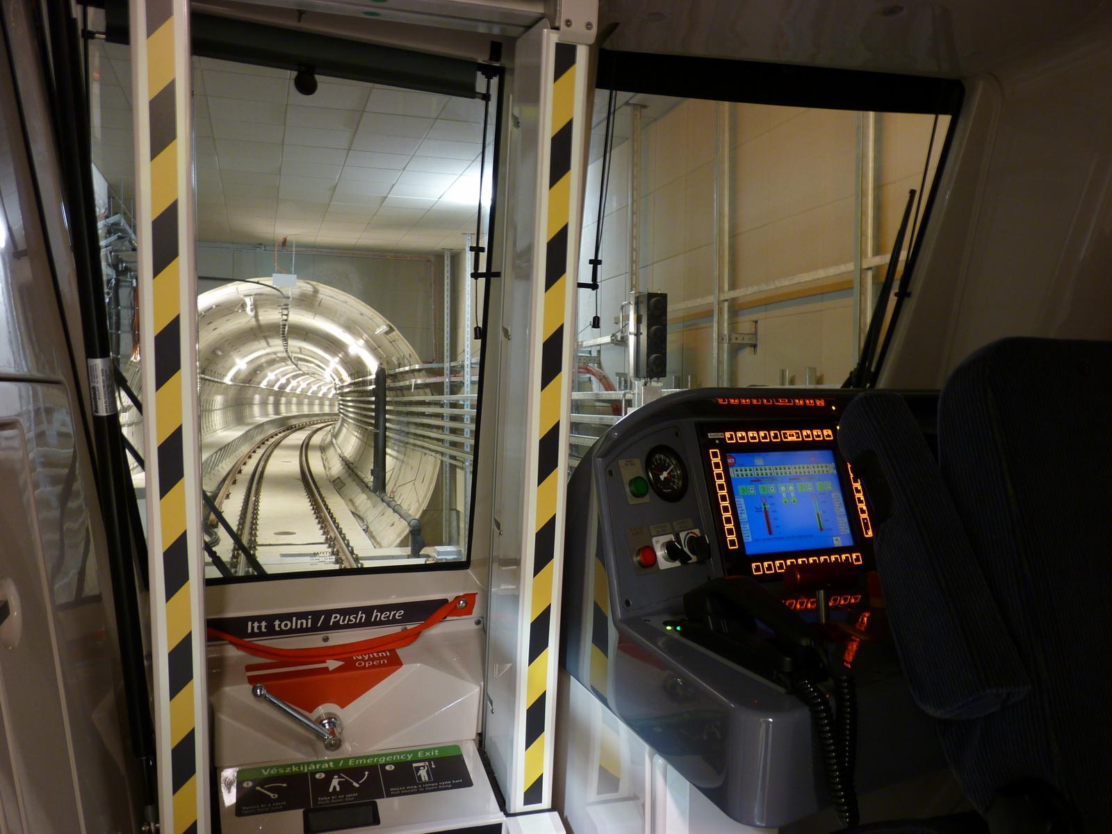 LoviGabi: M4 tesztfutas Alstom 20121129-07