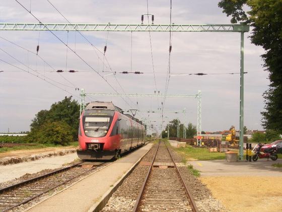 Érkezik a vissza-vonat
