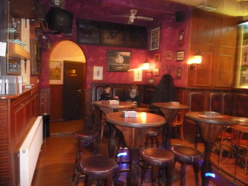 Angol pub