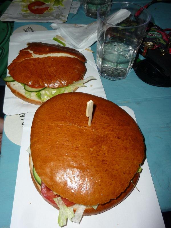 Óriás csibeburger