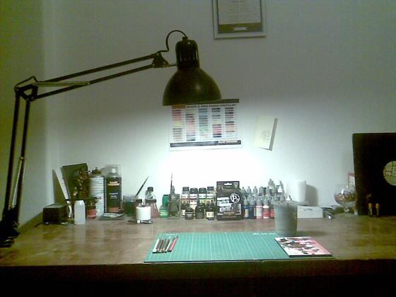 Jinx: asztal