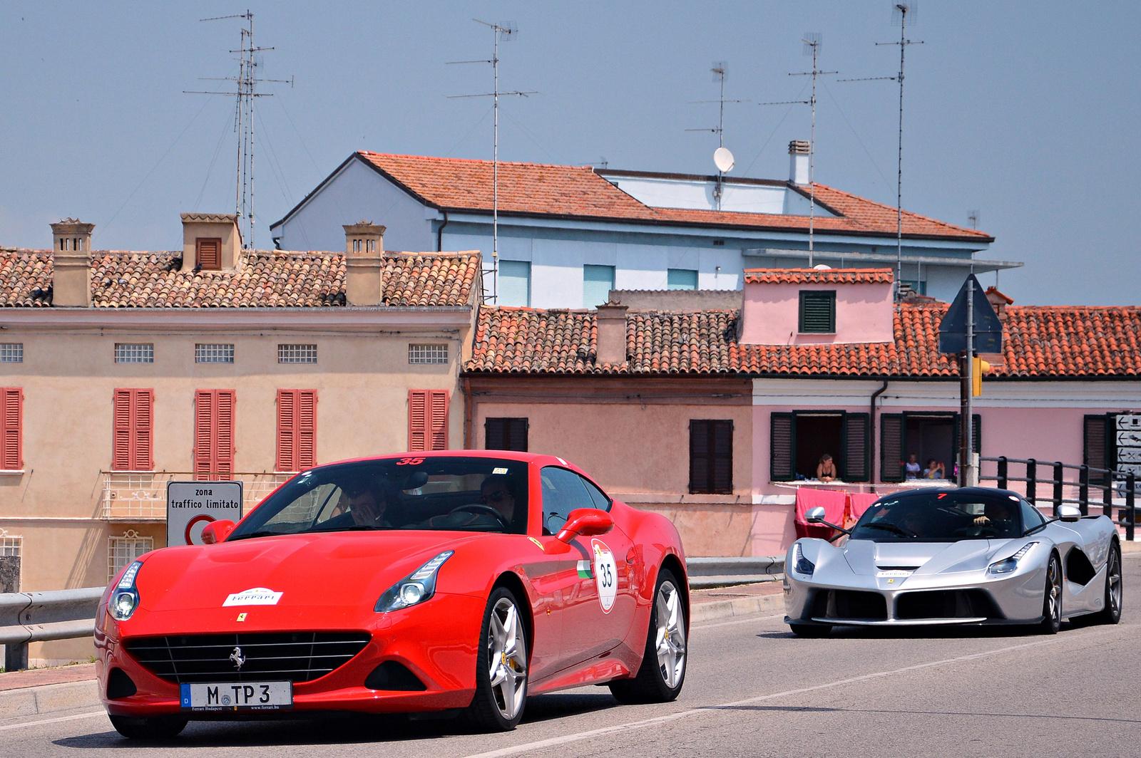 Ferrari California T -- LaFerrari