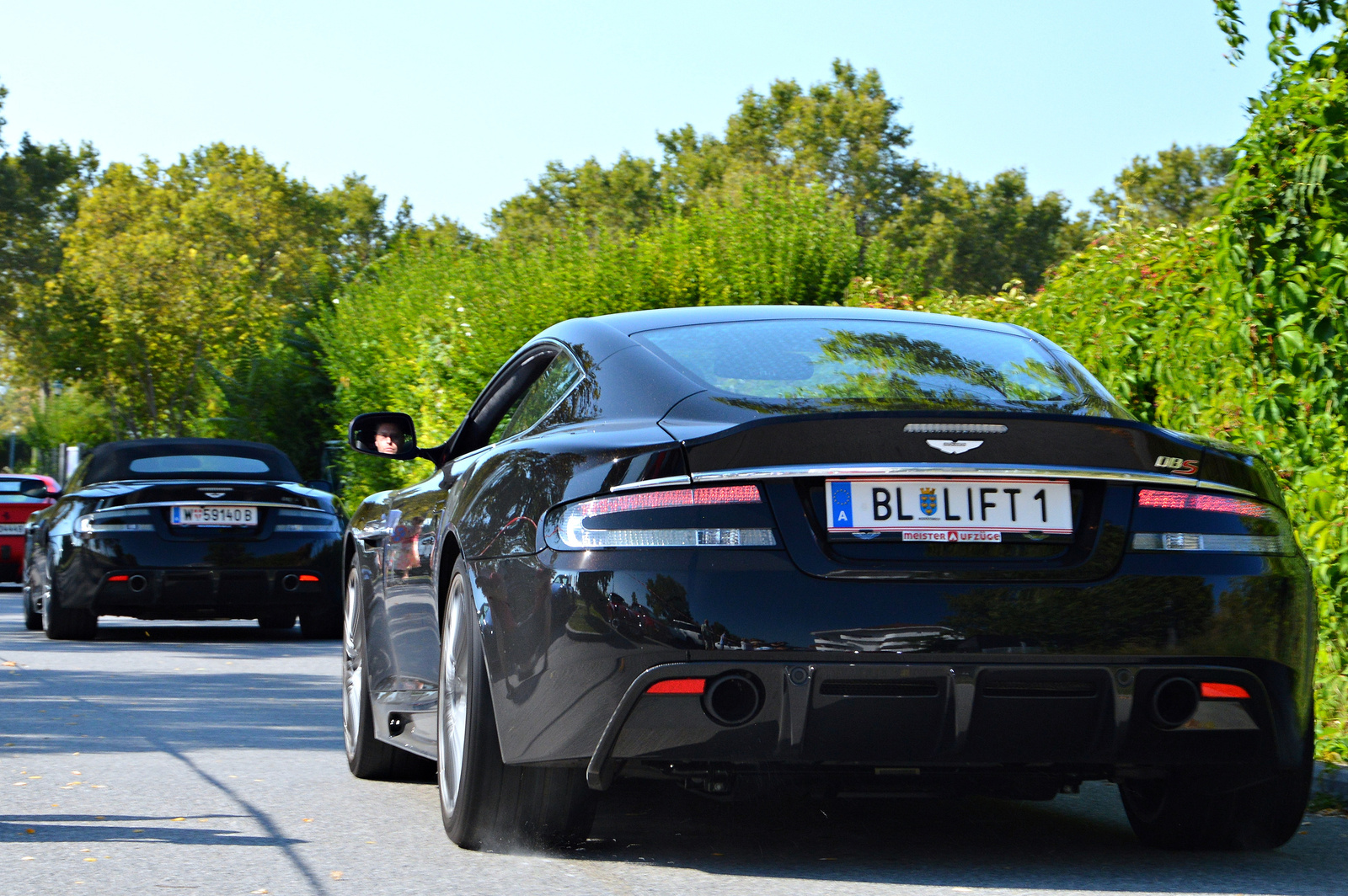 Aston Martin DBS -- DBS Volante