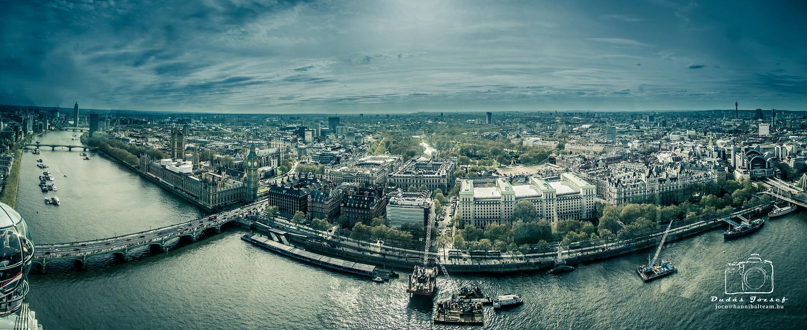 London Blue 15 db képből készült panoráma