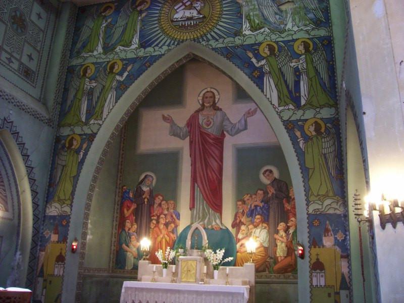 Jézus Szíve plébániatemplom