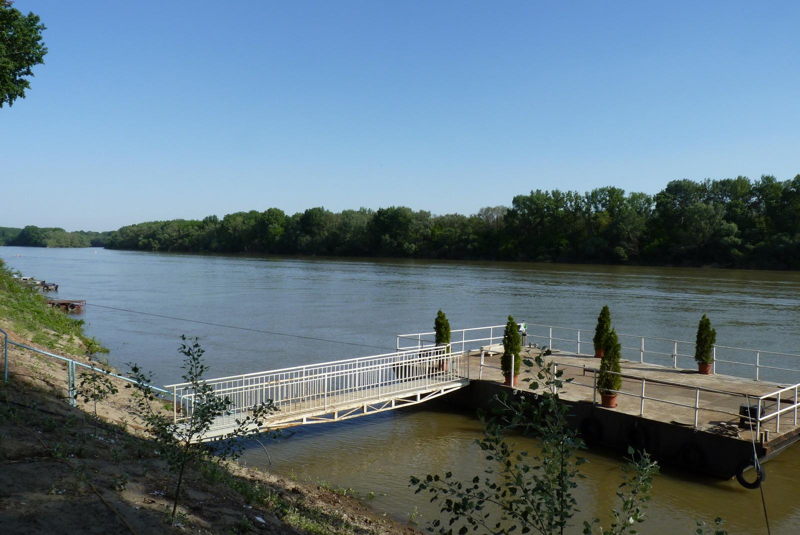 128-Szeged
