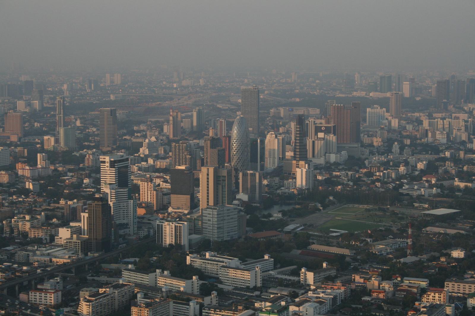 Szmog Bangkok felett