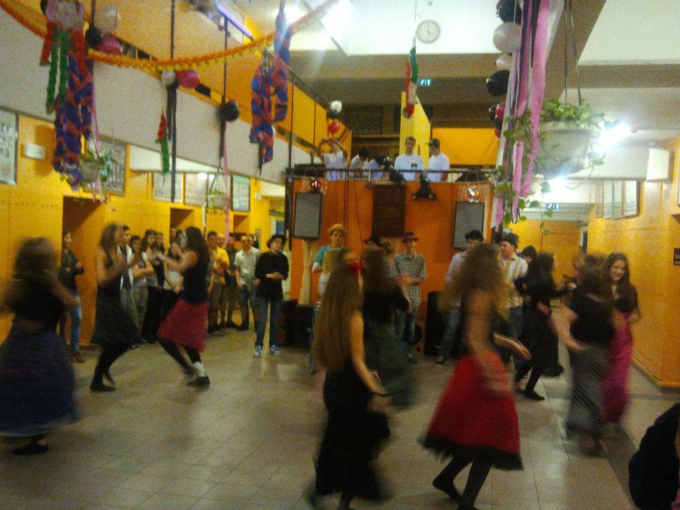 8. bemutató tánca
