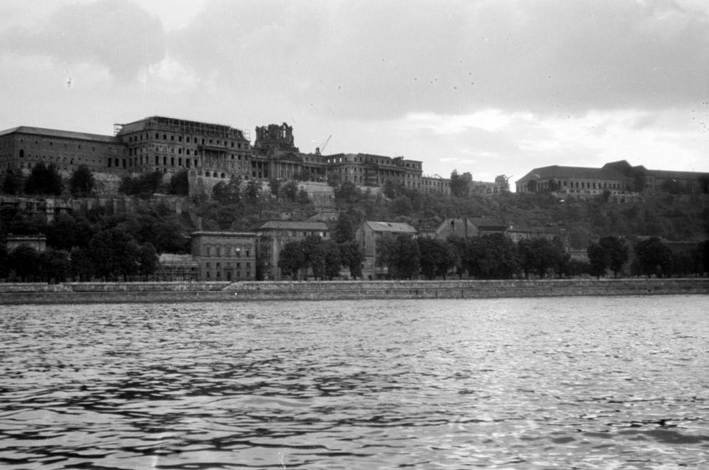 BudaiVar-1958Korul-fortepan.hu-171297