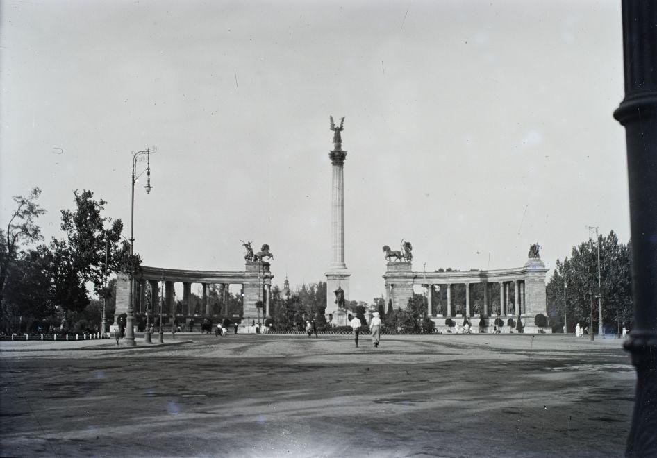 HosokTere-1917Korul-fortepan.hu-175029