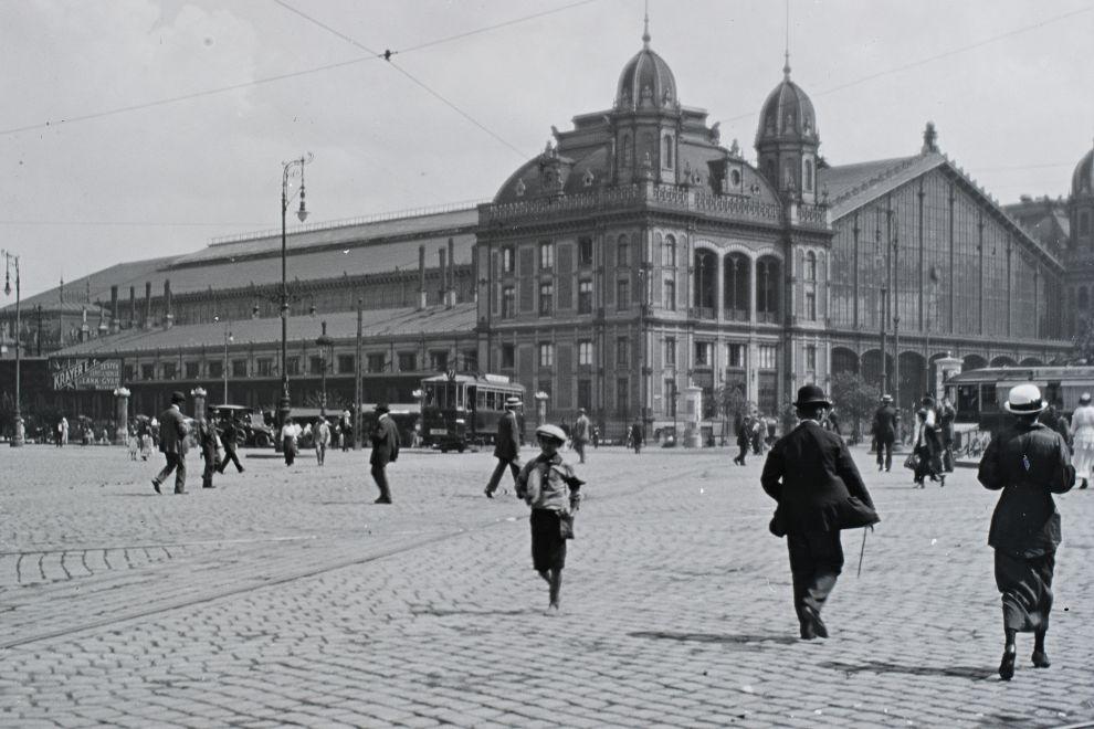 NyugatiPalyaudvar-1917Korul-fortepan.hu-175055