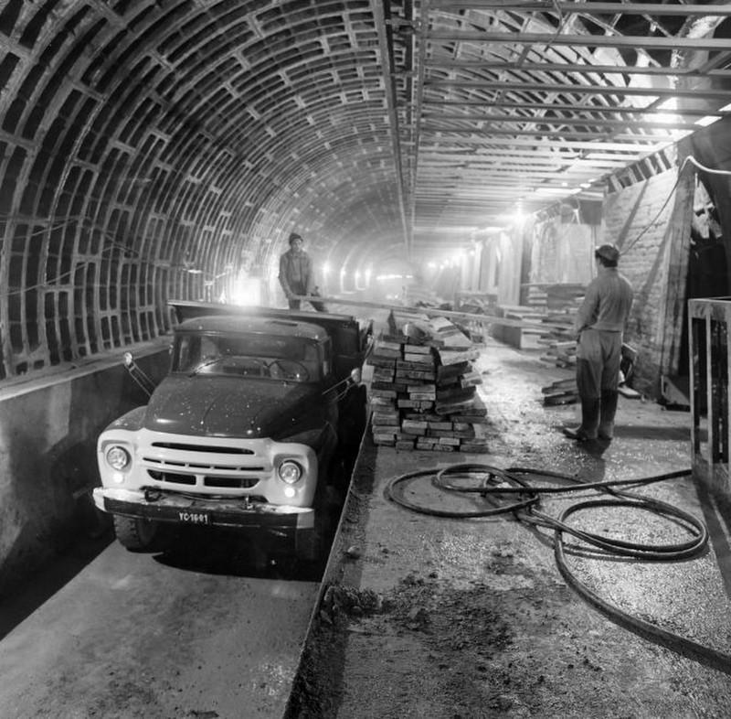 Metro2-1968Korul-fortepan.hu-178517