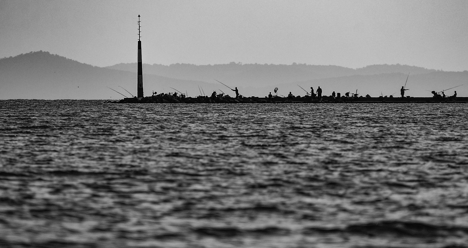 horgászok hajnalbanFFFF