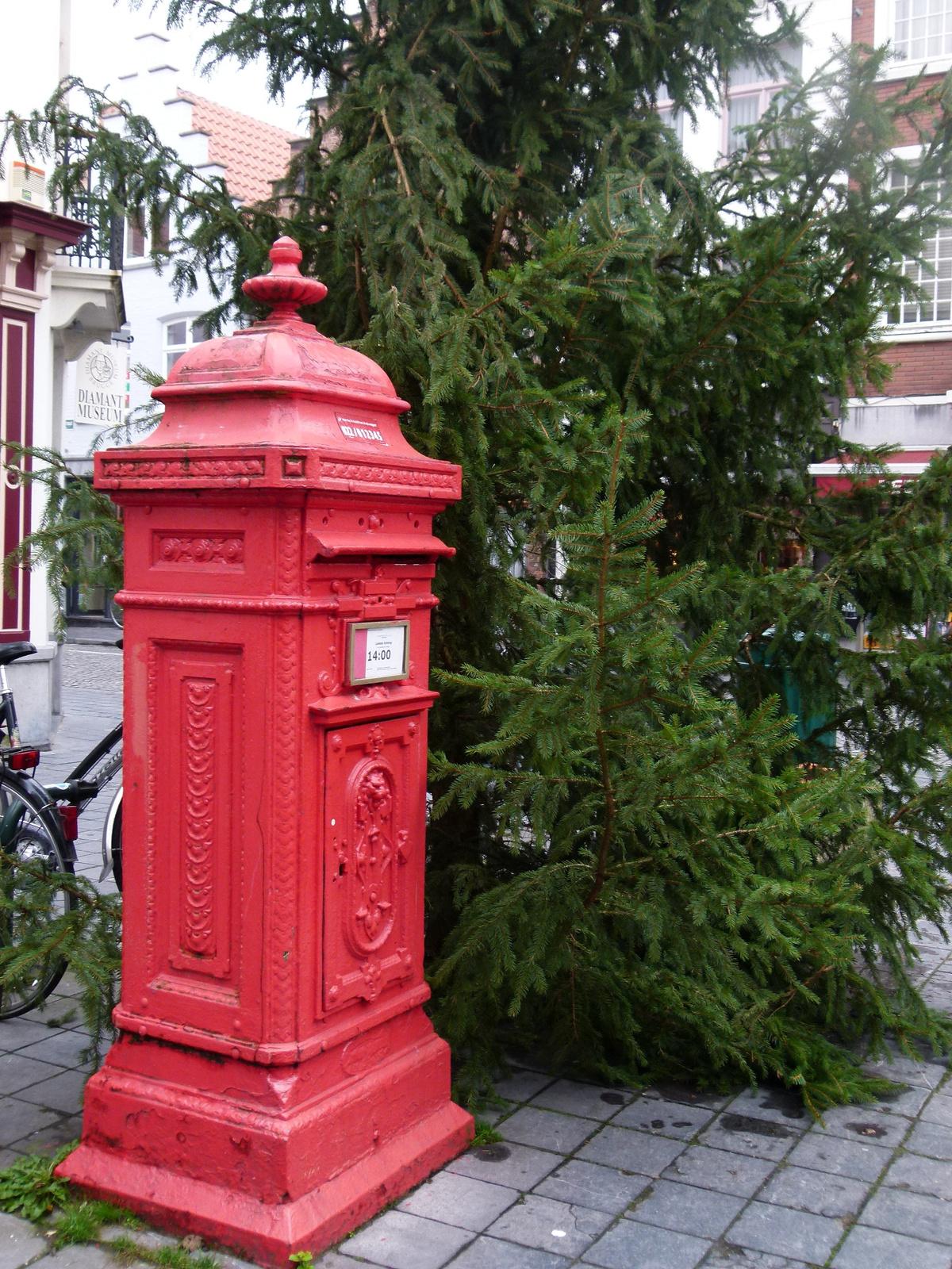 Brugge - postaláda (P1280388)