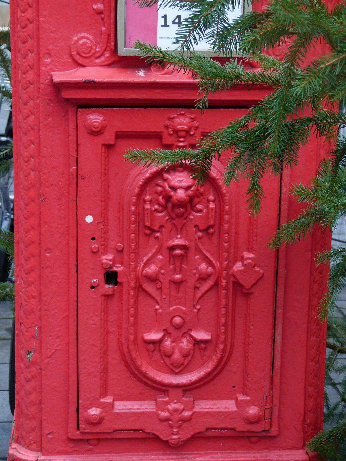 Brügge - postaláda (P1280389)