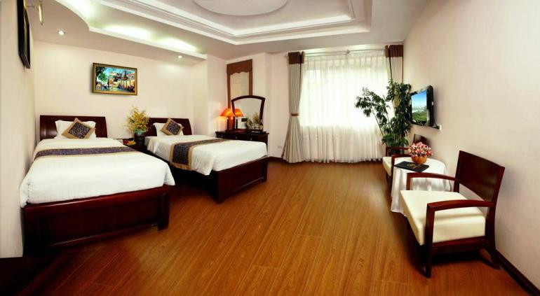 Golden Lake View Hotel