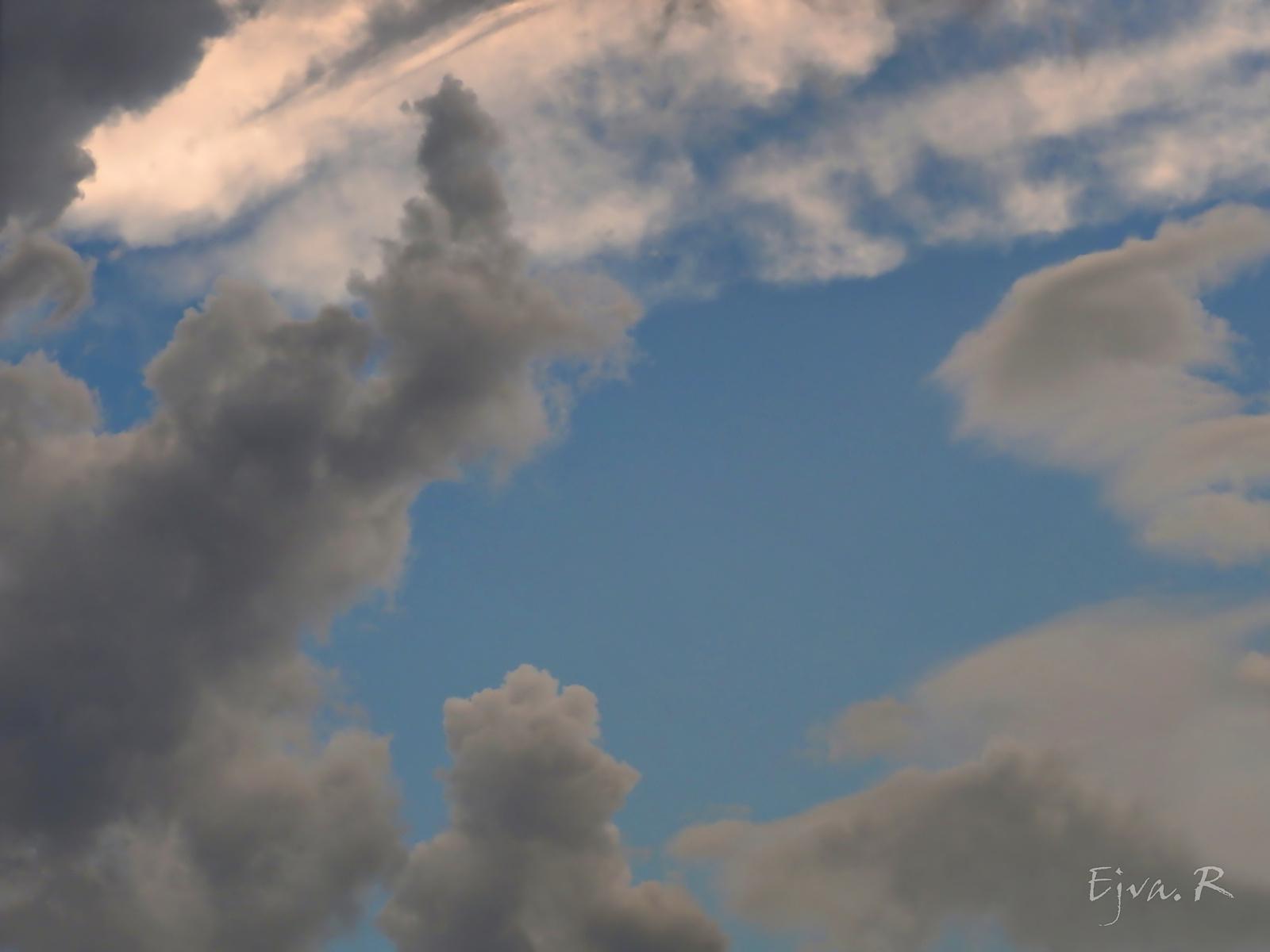 Viharos felhők elvonulóban