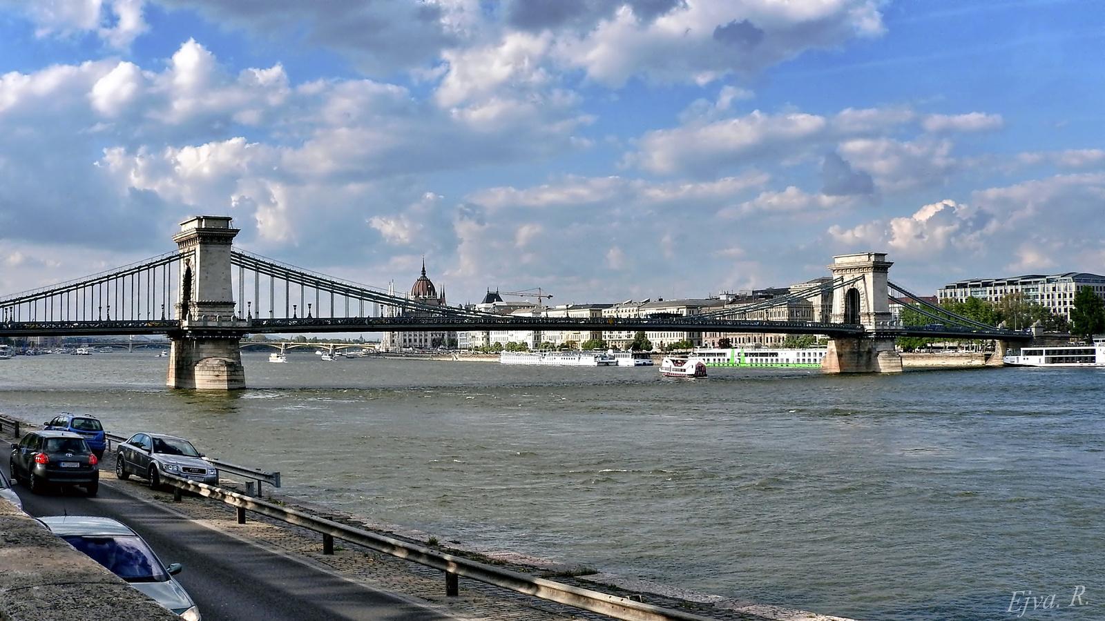 Lánchíd Budapest Duna