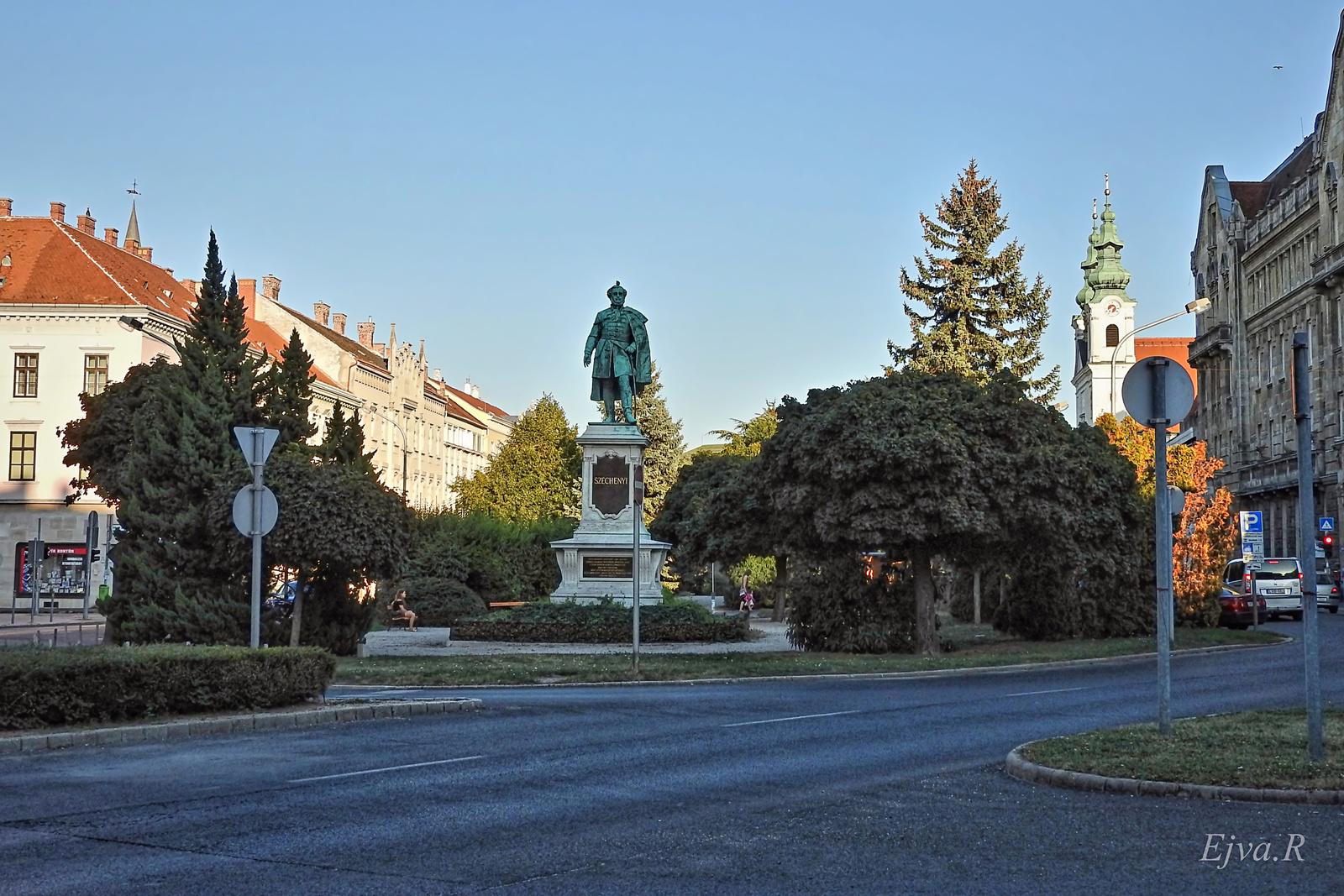 Sopron Tér Széchenyi-szobor