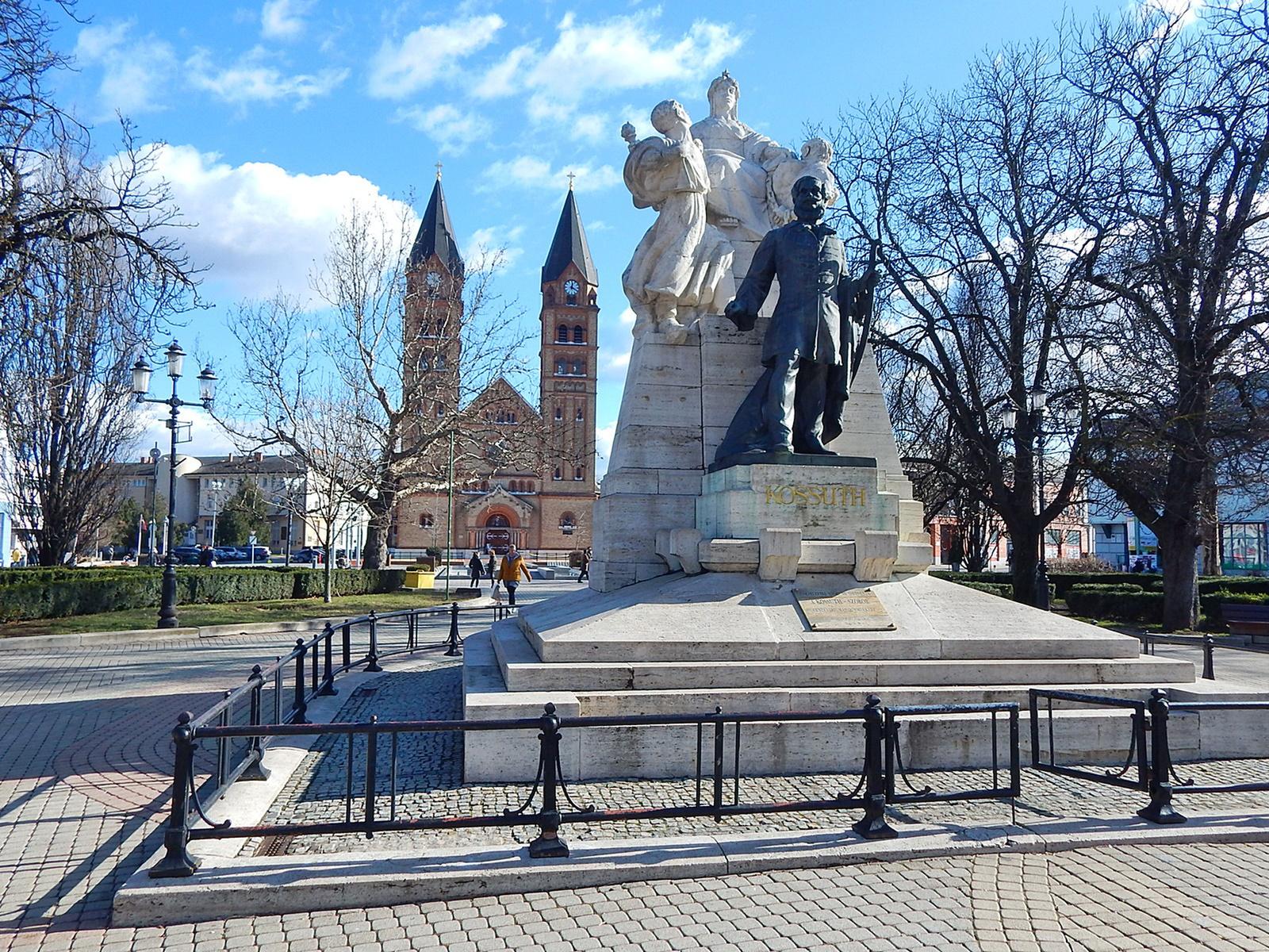 Nyíregyháza, Kossuth-emlékmű