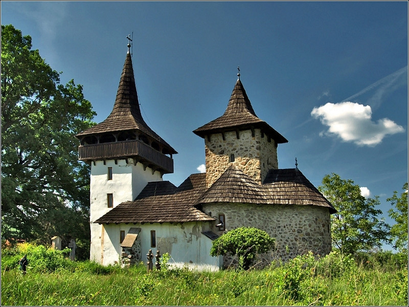 Templom a falu szélén