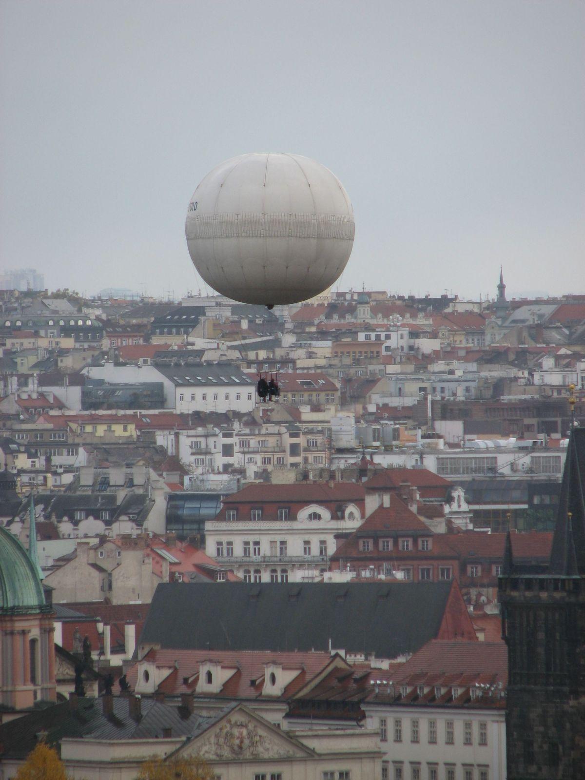 Lufi Prága felett