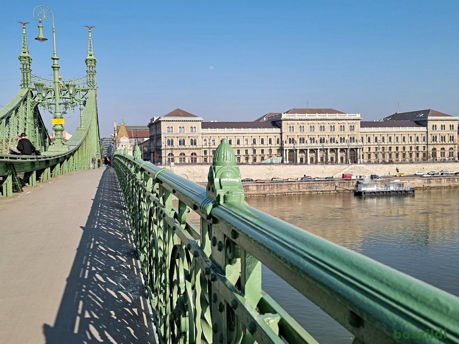 Szabadság hídról 2