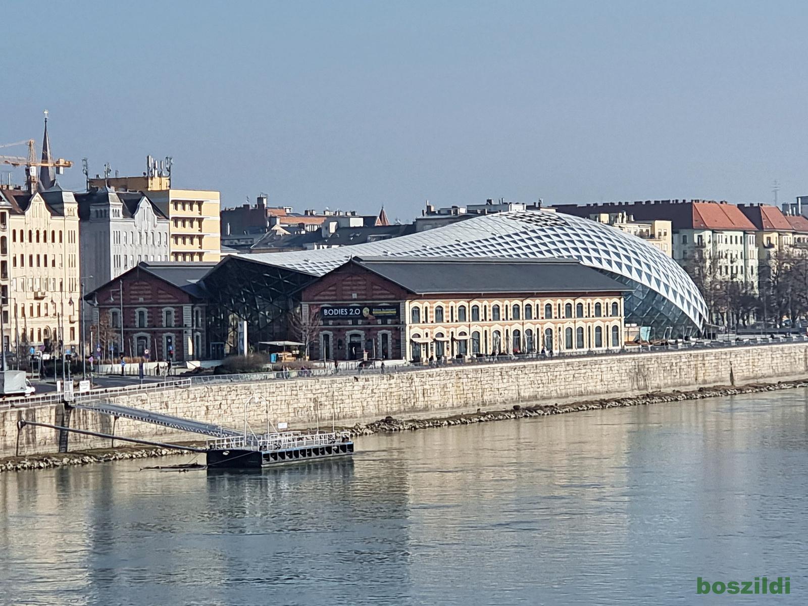 Szabadság hídról 1