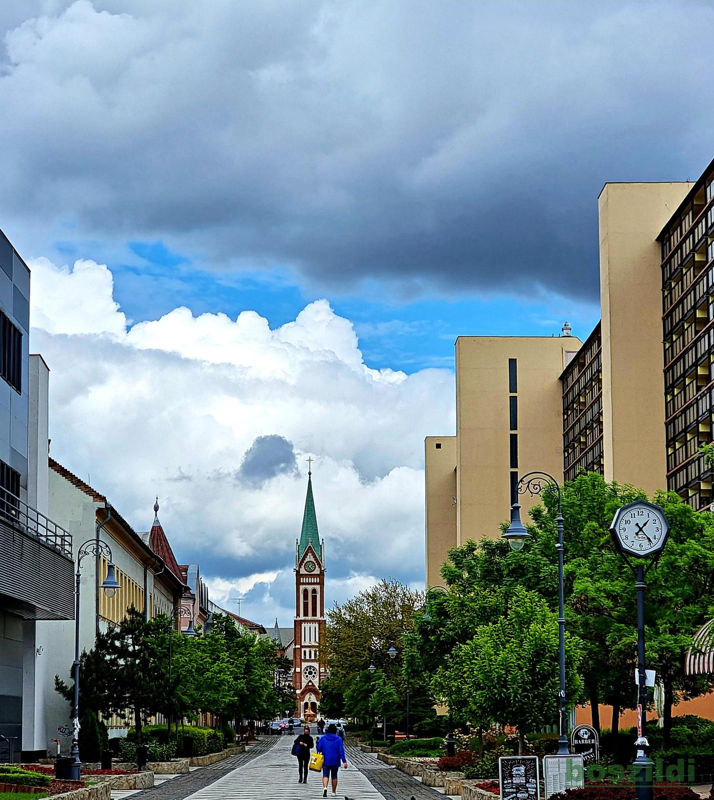 Mérges felhők 1