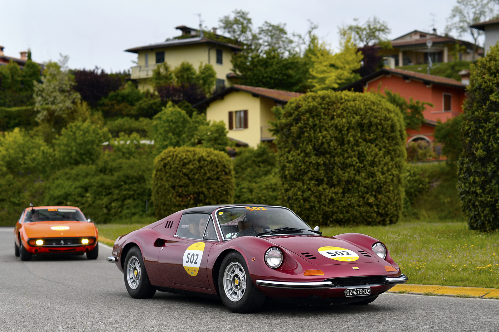 Ferrari 246 Dino GTS- Ferrari 365 GTC/4