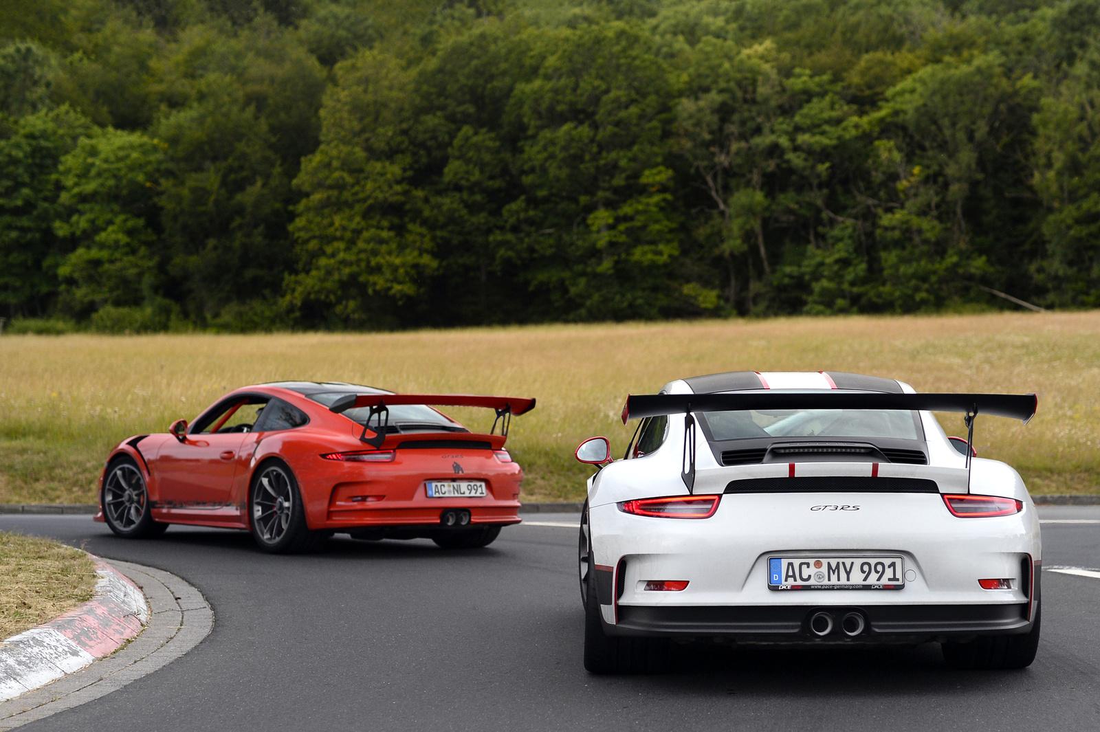 2X Porsche 911 GT3 RS