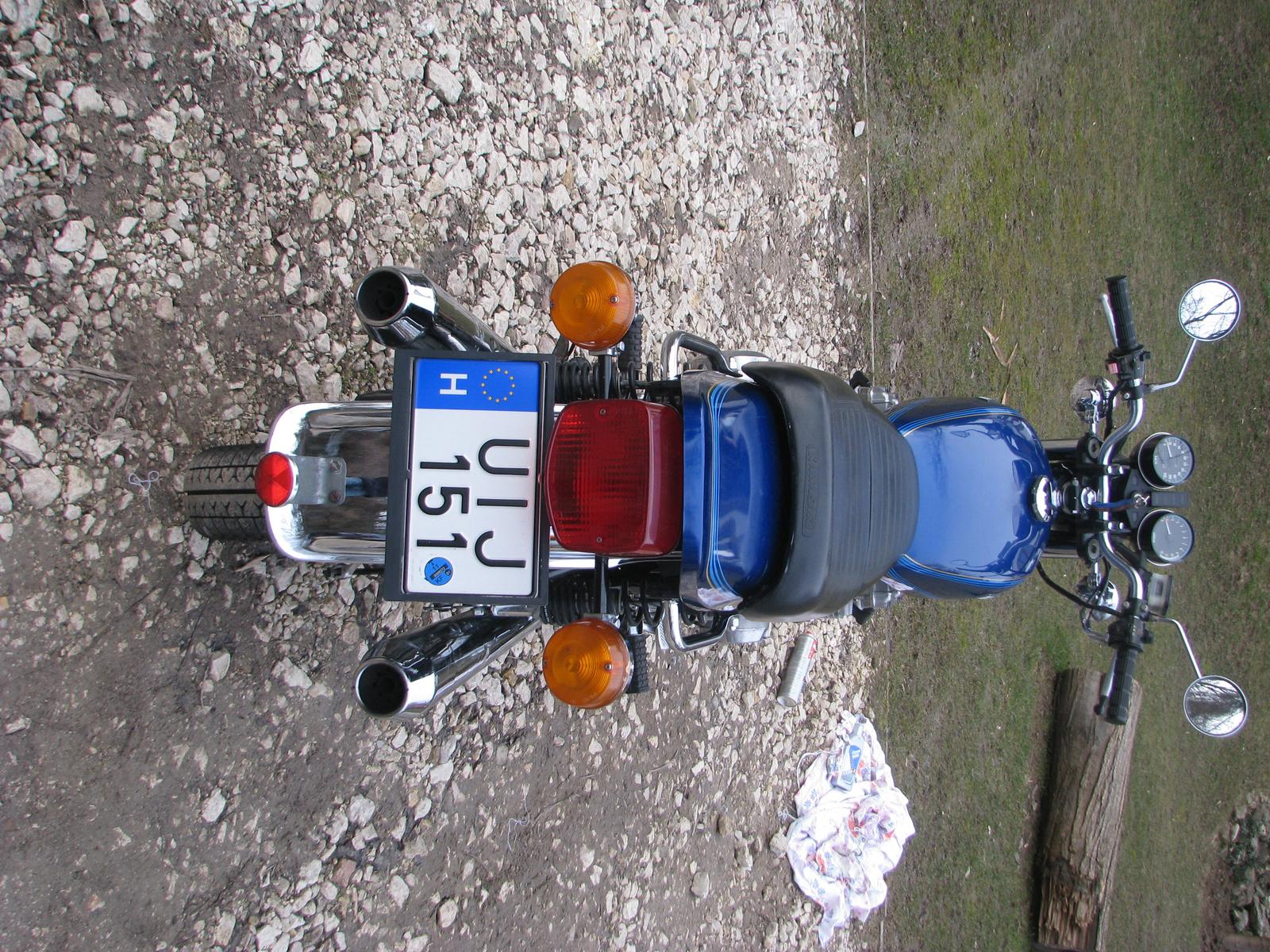 Kawasaki z650 8