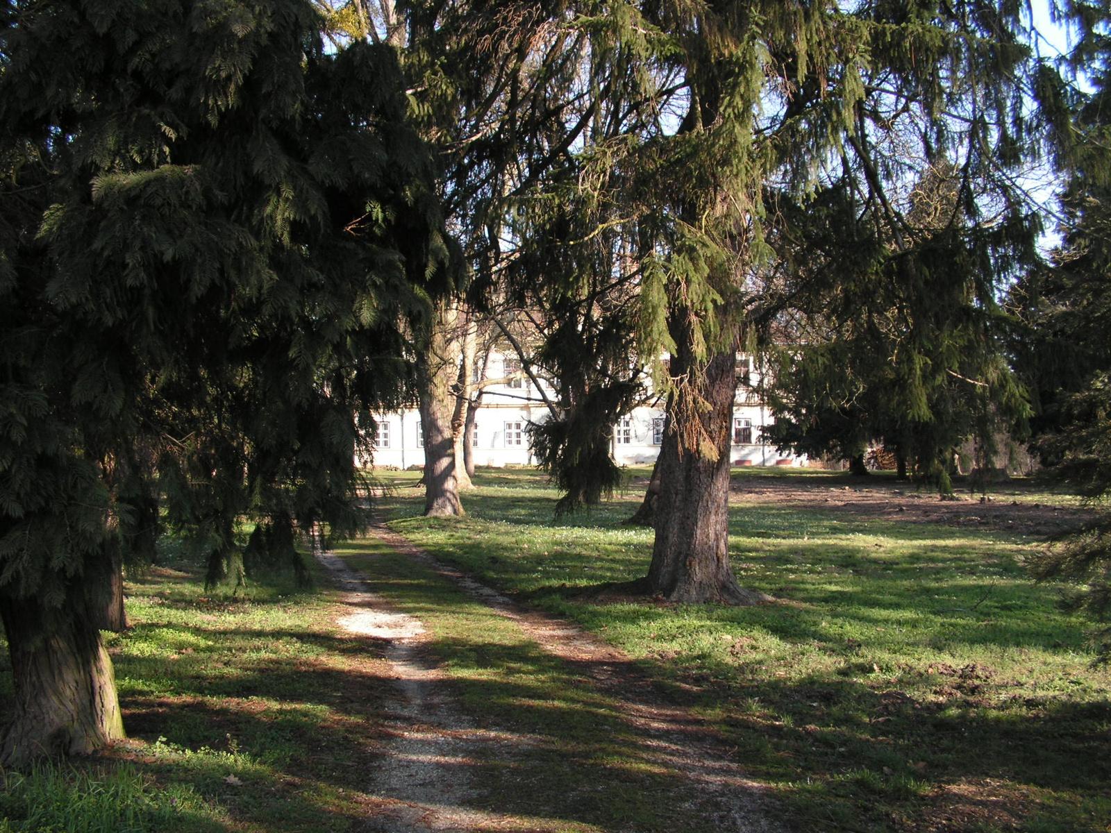 Szarvaskend, a Sibrik kúria, SzG3