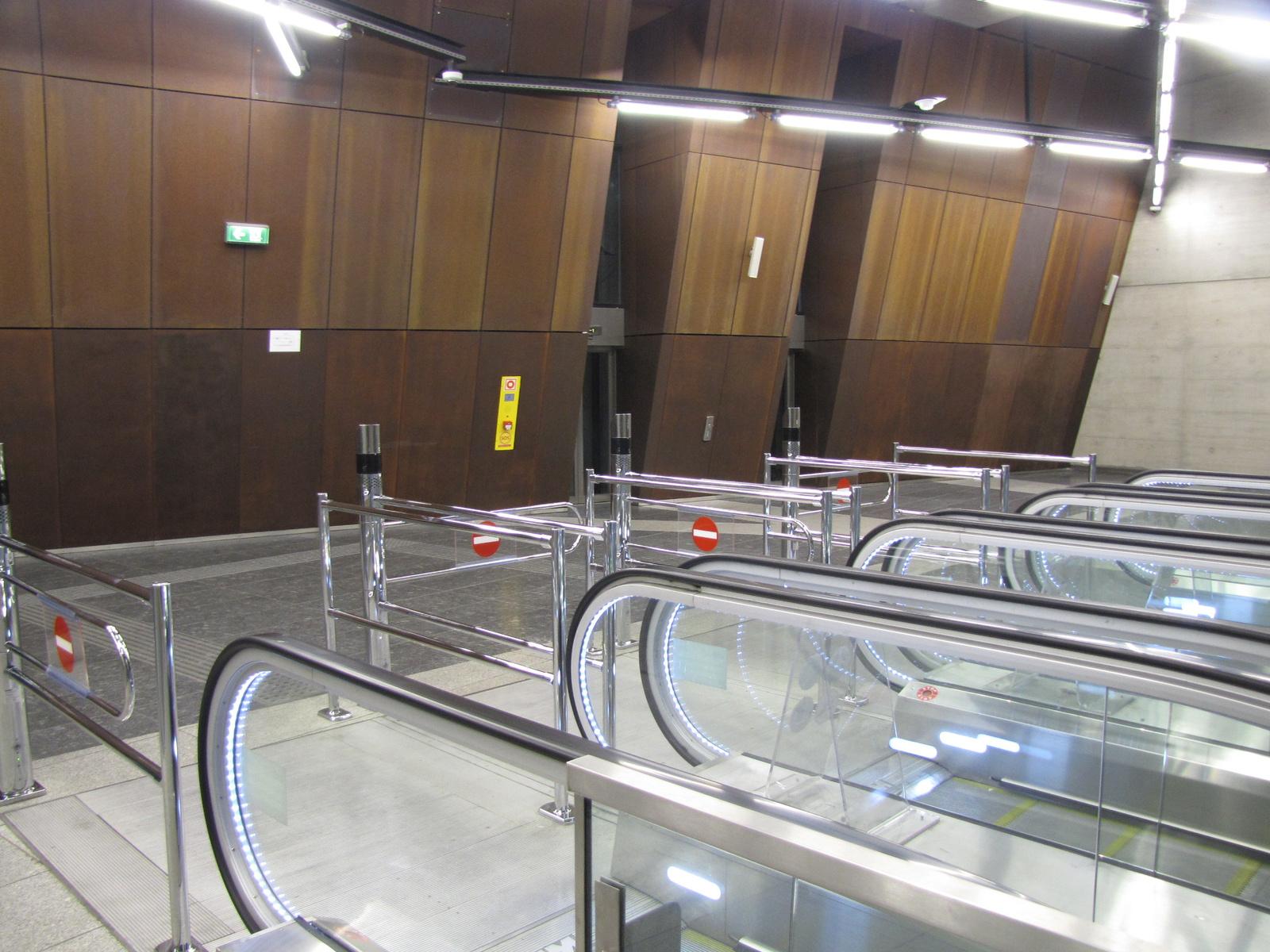 Budapest, a 4-es metró Szent Gellért téri megállója, SzG3