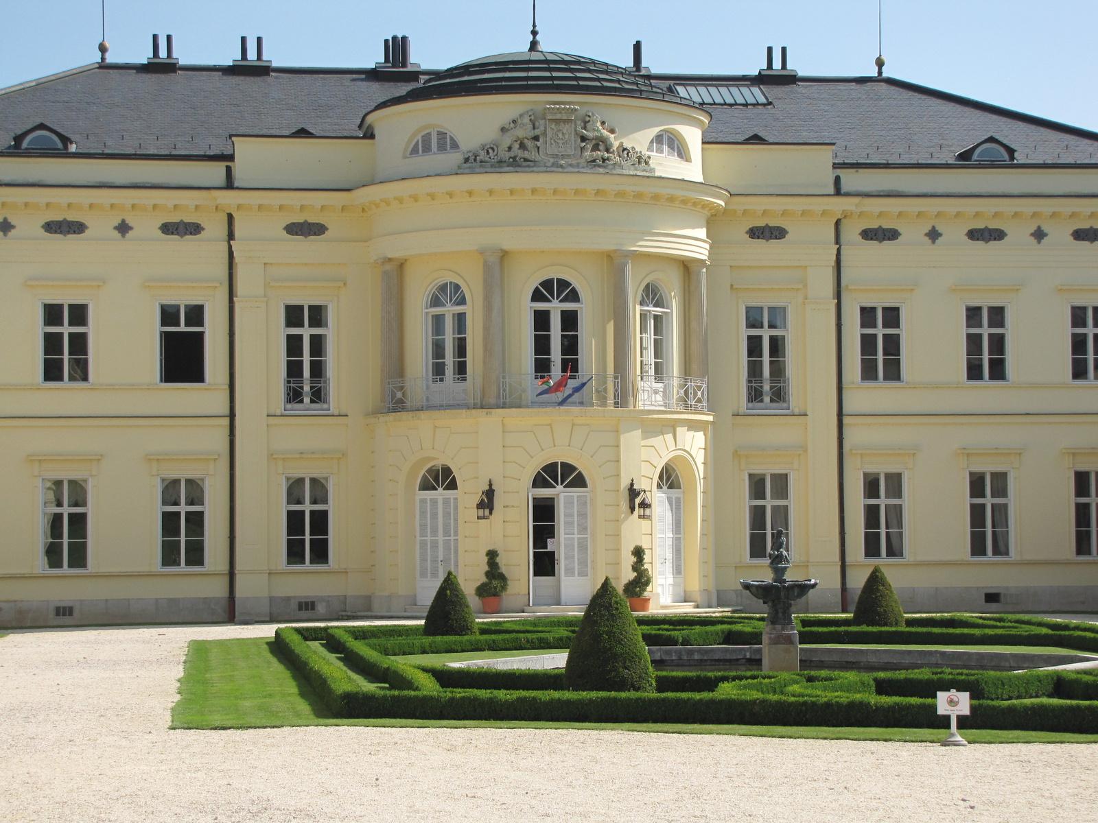 Magyarország, Fehérvárcsurgó, a Károlyi kastély, SzG3