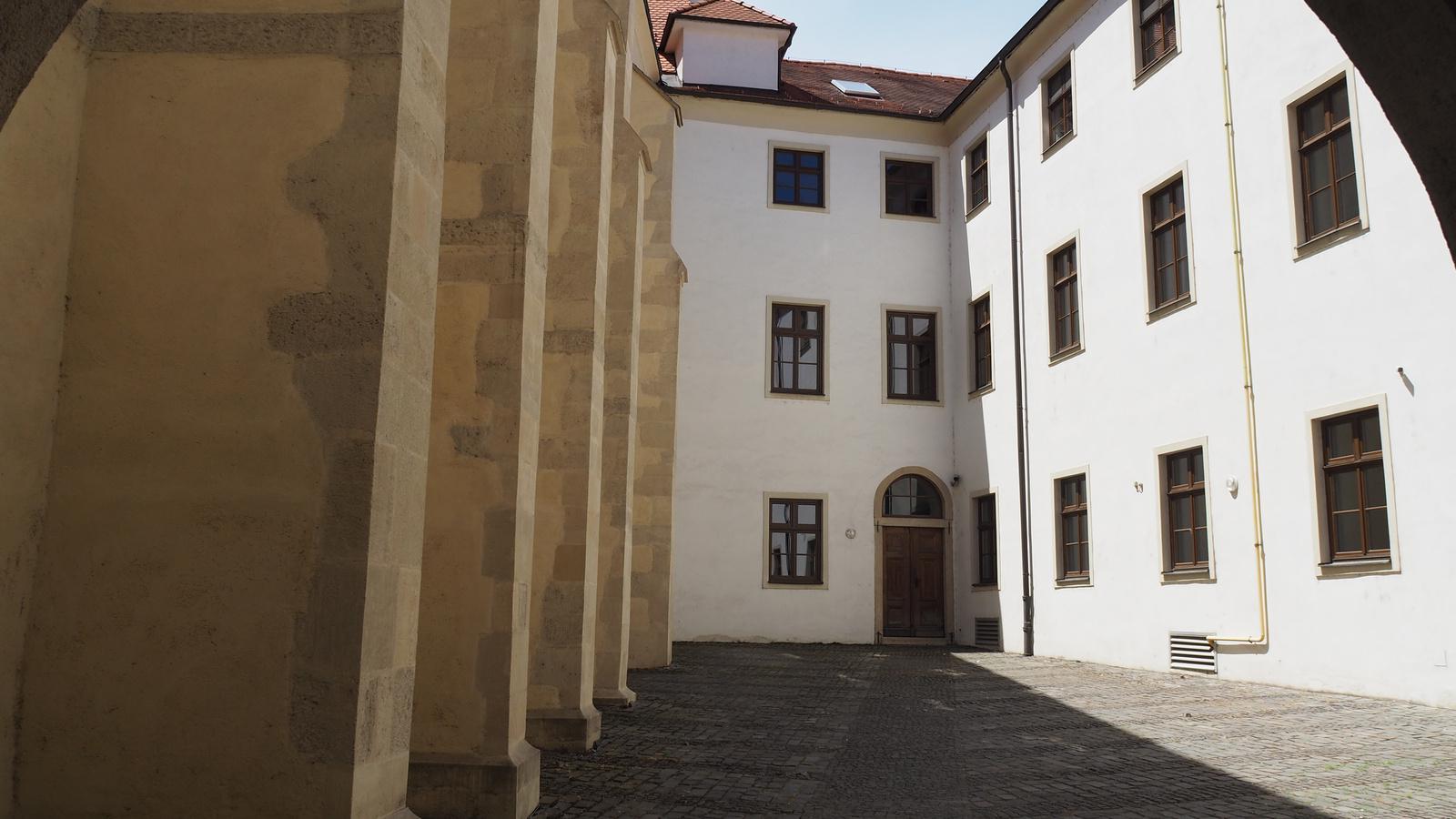 Pozsony, Kostol Klarisiek (Klarisszák temploma), SzG3