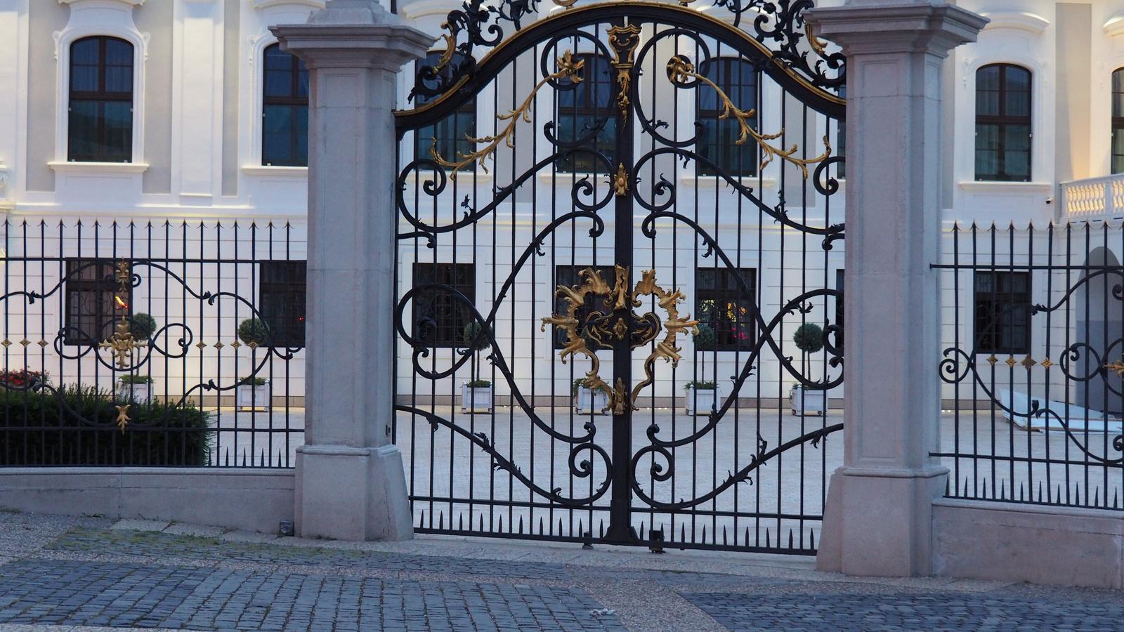Pozsony, Grassalkovich (elnöki) palota, SzG3